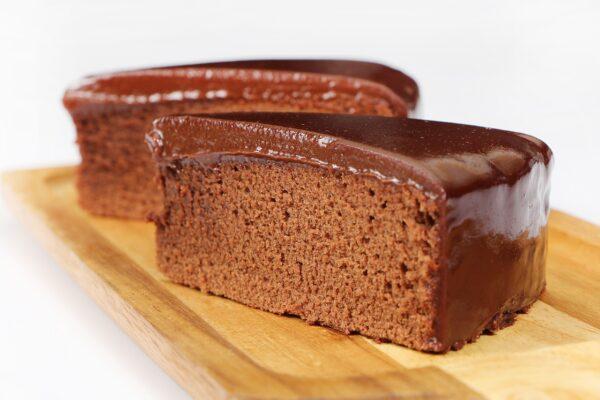 swede cakes, chocolate cake, cake